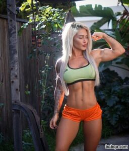 cute lady with muscle body and muscle biceps post from g+