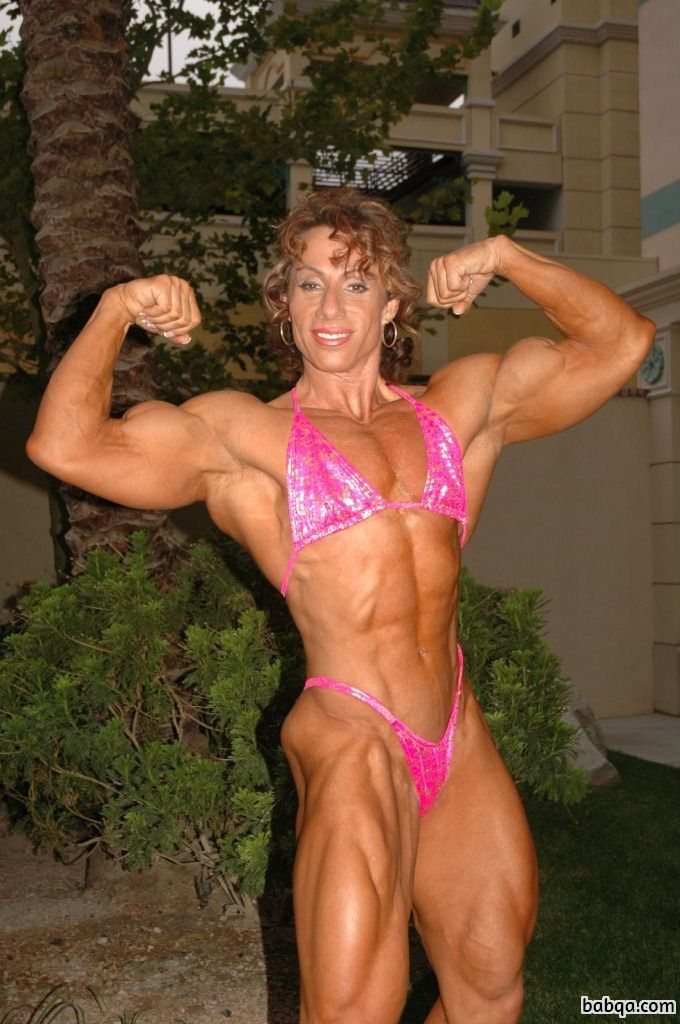 perfect girl with muscle body and muscle arms photo from facebook