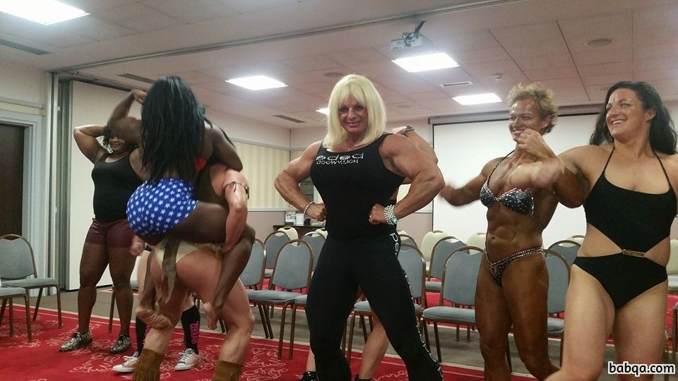 awesome woman with muscular body and muscle biceps picture from linkedin