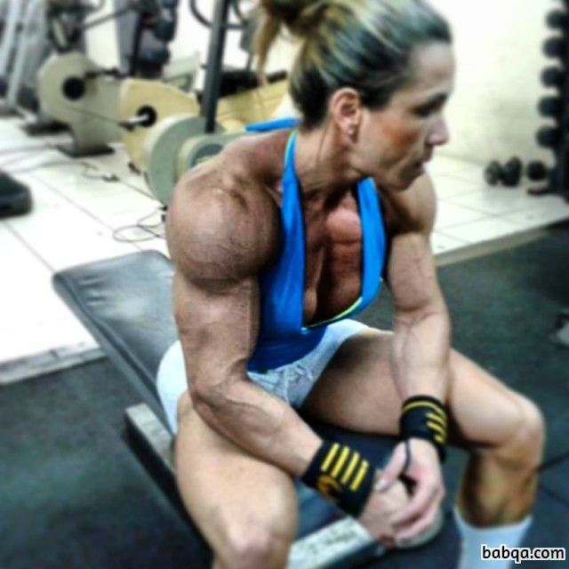 perfect female bodybuilder with fitness body and toned legs photo from flickr