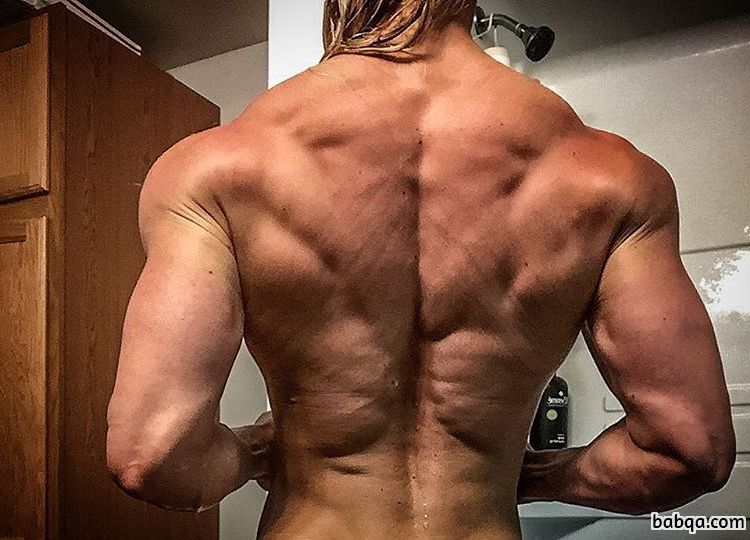 hottest female bodybuilder with fitness body and muscle booty pic from flickr