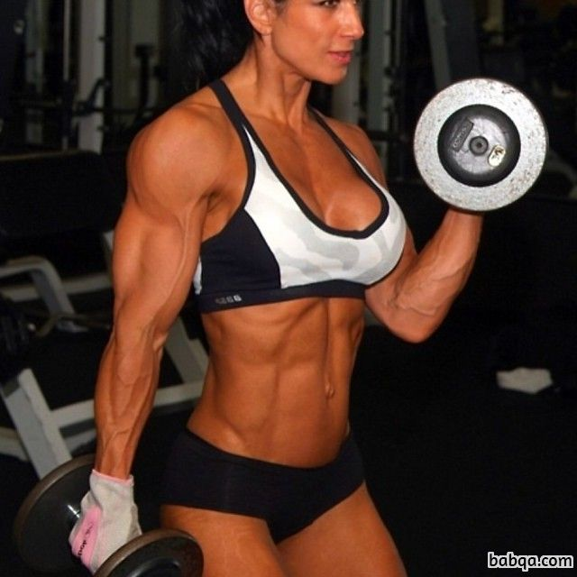 cute female bodybuilder with muscle body and toned arms post from reddit