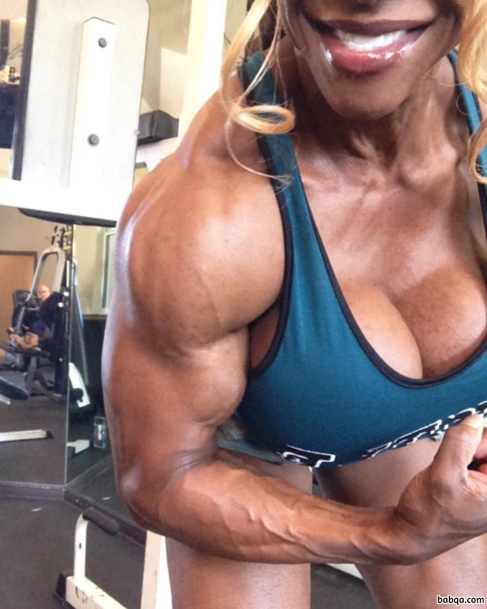 beautiful female with muscular body and toned biceps picture from reddit