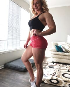 hottest chick with muscle body and toned legs photo from reddit