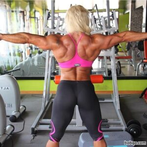hottest female with muscle body and muscle bottom photo from linkedin
