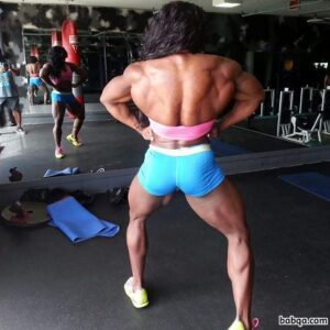 awesome chick with muscle body and muscle legs picture from insta