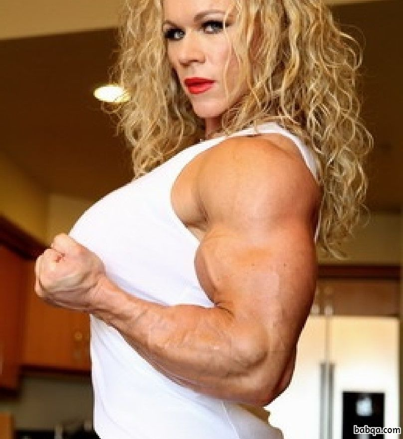 hottest girl with strong body and toned biceps pic from g+