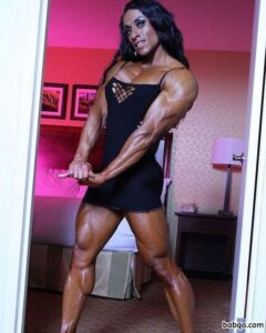 cute chick with fitness body and toned legs pic from tumblr