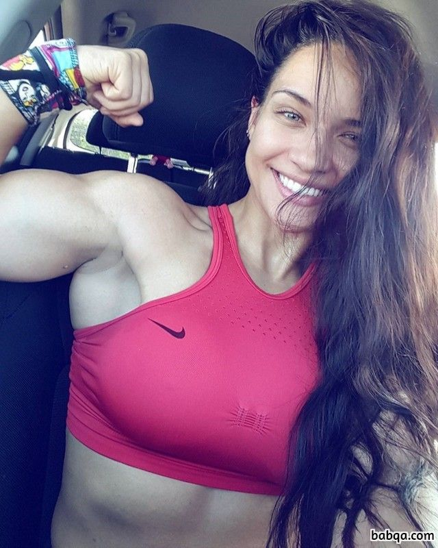 awesome woman with strong body and muscle bottom post from reddit