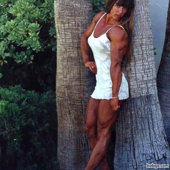 hottest girl with fitness body and muscle bottom photo from reddit