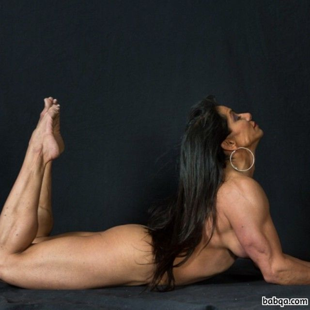 perfect female with muscle body and muscle arms picture from linkedin