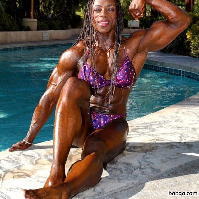 cute lady with muscular body and toned arms repost from g+