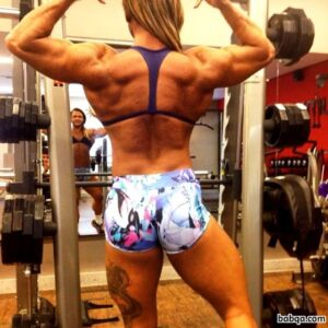 awesome chick with fitness body and toned ass repost from g+
