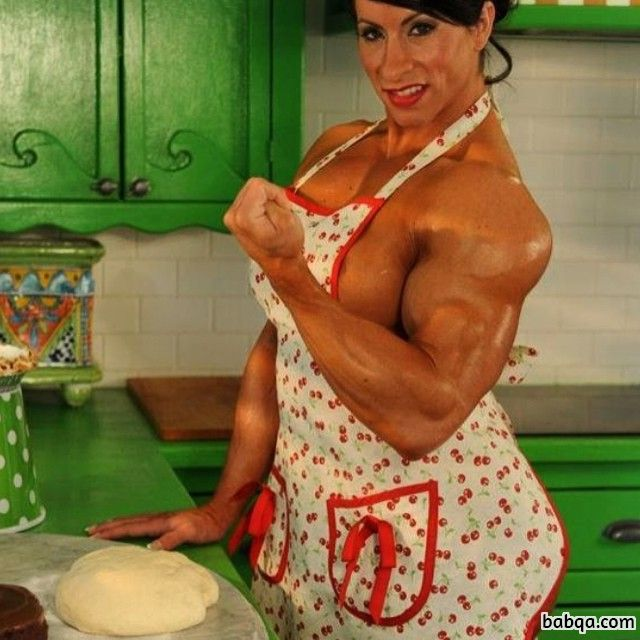 perfect female bodybuilder with fitness body and toned arms pic from reddit