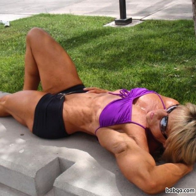 hottest woman with muscle body and toned legs pic from linkedin