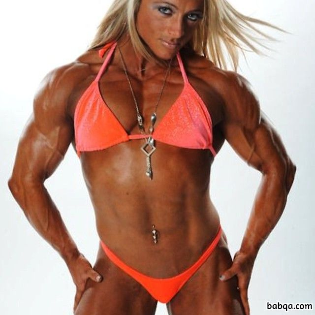 awesome female bodybuilder with muscular body and muscle biceps picture from g+