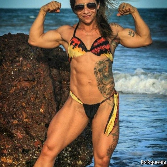spicy girl with muscle body and muscle bottom image from g+