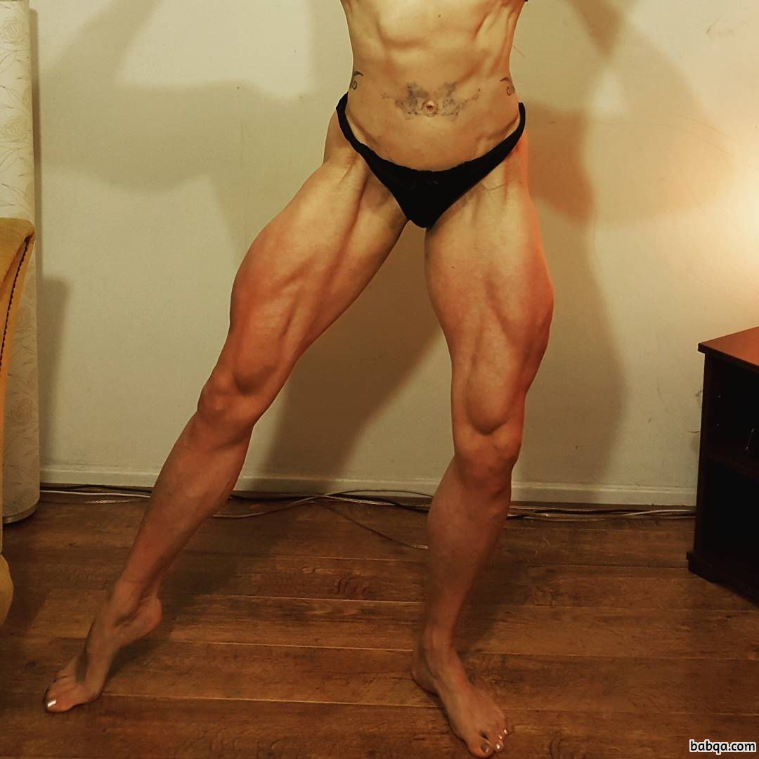 hottest chick with muscle body and muscle ass pic from facebook