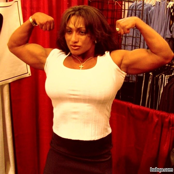 hot girl with muscle body and toned arms photo from facebook