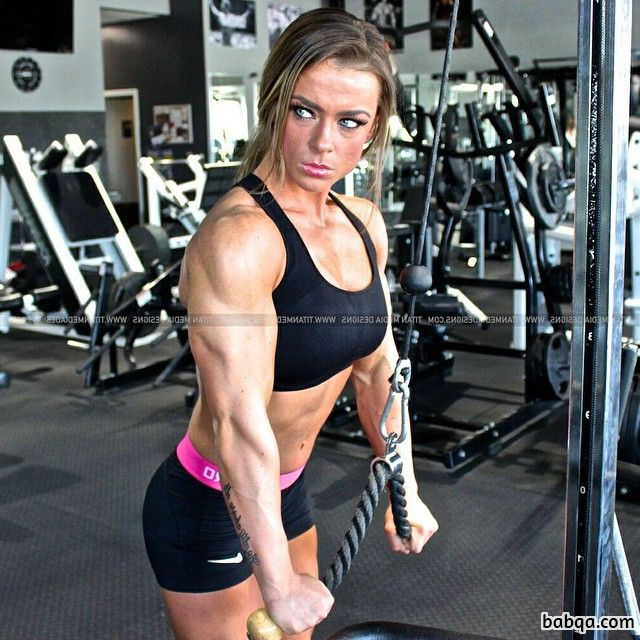 hottest lady with muscular body and muscle arms pic from reddit
