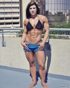hottest babe with strong body and toned biceps image from g+
