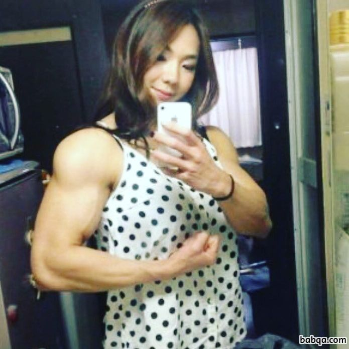 cute female bodybuilder with fitness body and muscle bottom repost from g+