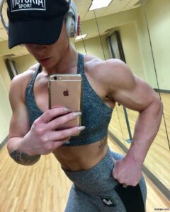 cute woman with muscle body and muscle legs image from g+