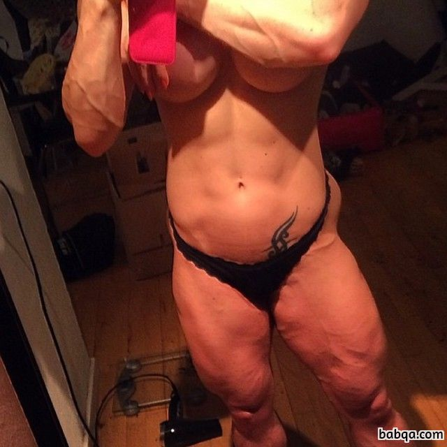 hot female bodybuilder with muscular body and toned biceps pic from flickr