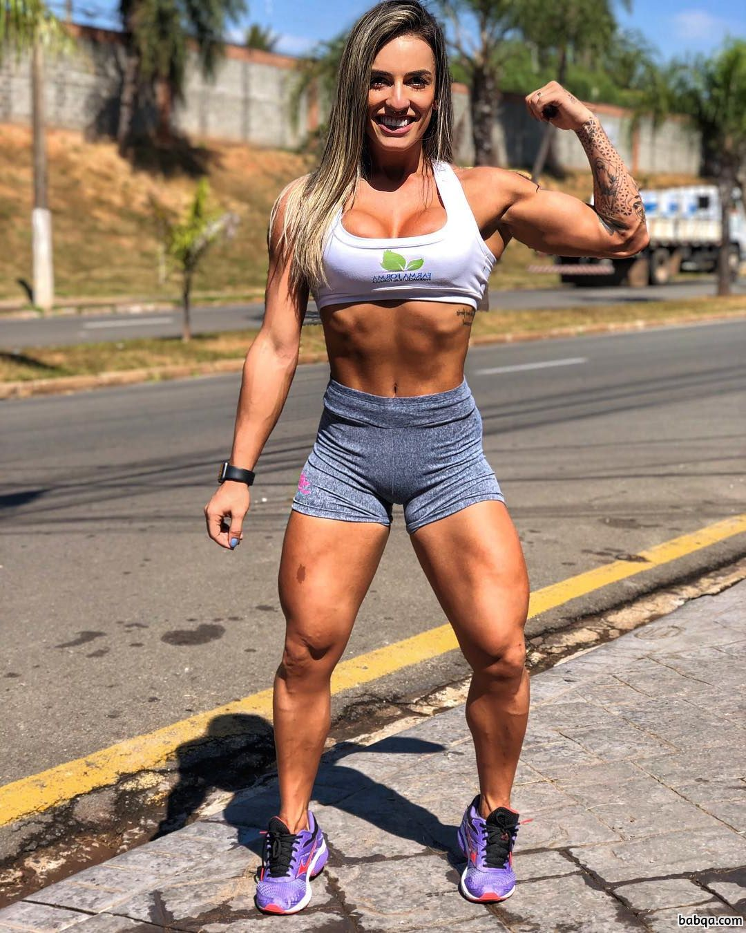 awesome female bodybuilder with muscle body and muscle biceps photo from g+