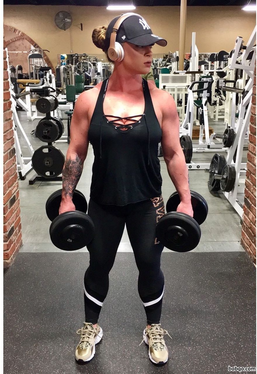hottest girl with muscular body and muscle bottom post from facebook