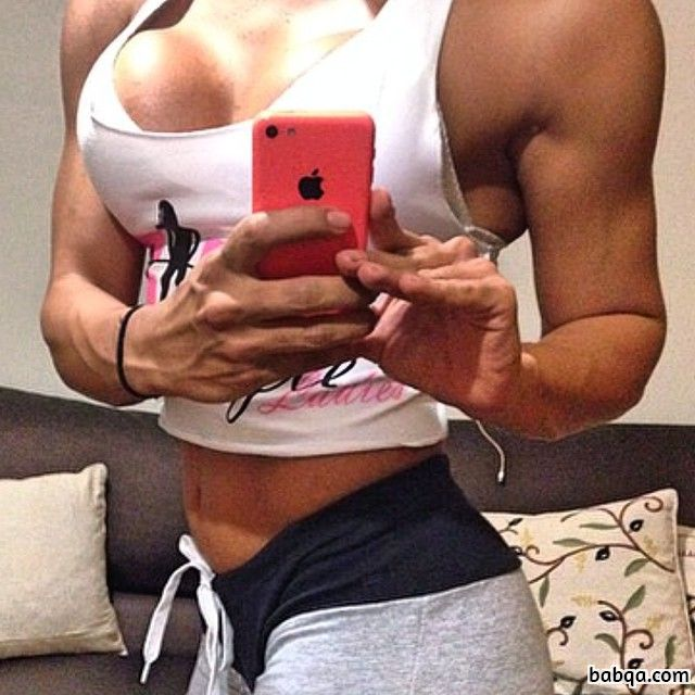 beautiful woman with fitness body and muscle booty picture from g+
