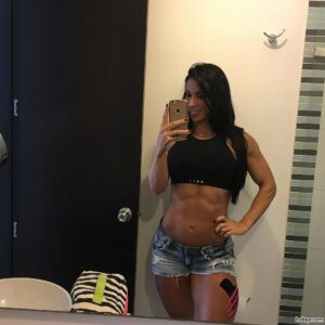 perfect babe with strong body and toned bottom post from insta