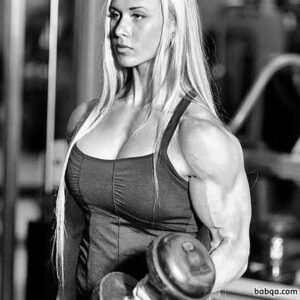 hot lady with muscular body and toned biceps image from g+