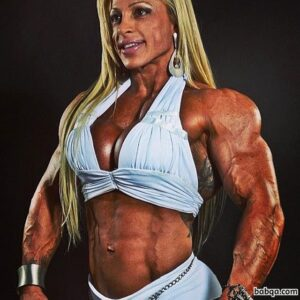 awesome woman with muscle body and toned arms picture from g+