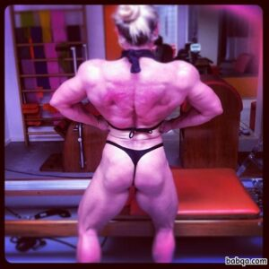 spicy female bodybuilder with strong body and muscle legs photo from facebook