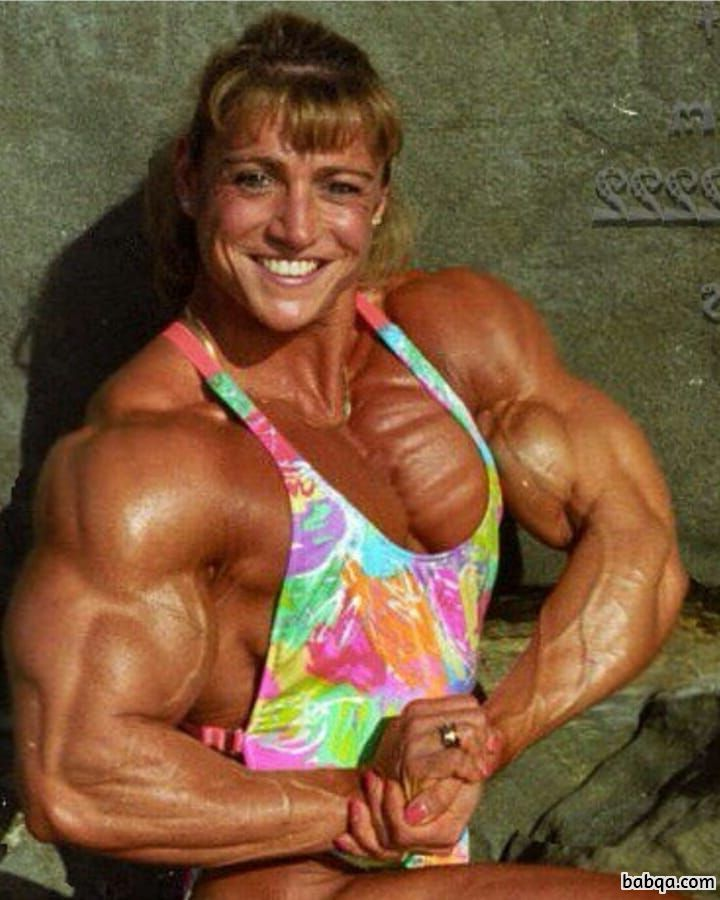 awesome female with muscle body and toned arms picture from tumblr