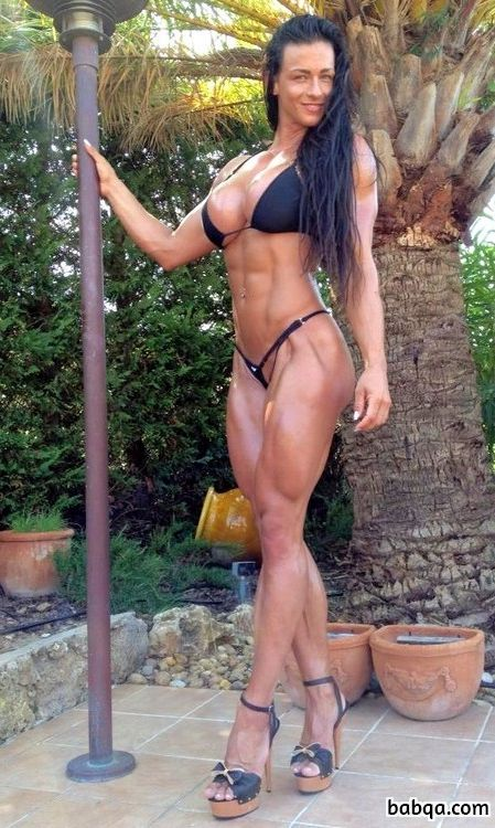 perfect babe with strong body and toned bottom pic from facebook