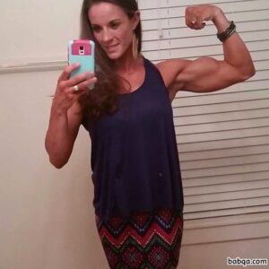 spicy female bodybuilder with muscular body and muscle arms pic from tumblr