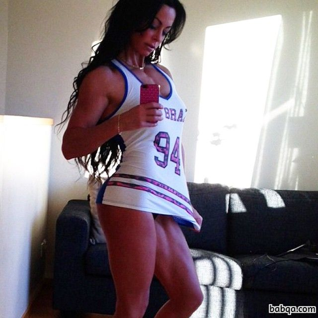 hot babe with muscular body and muscle bottom image from g+