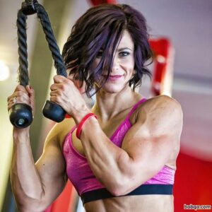 hot babe with muscle body and muscle arms post from flickr