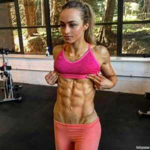 cute lady with muscular body and muscle bottom post from flickr
