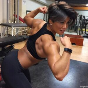 perfect female with muscle body and muscle legs picture from g+