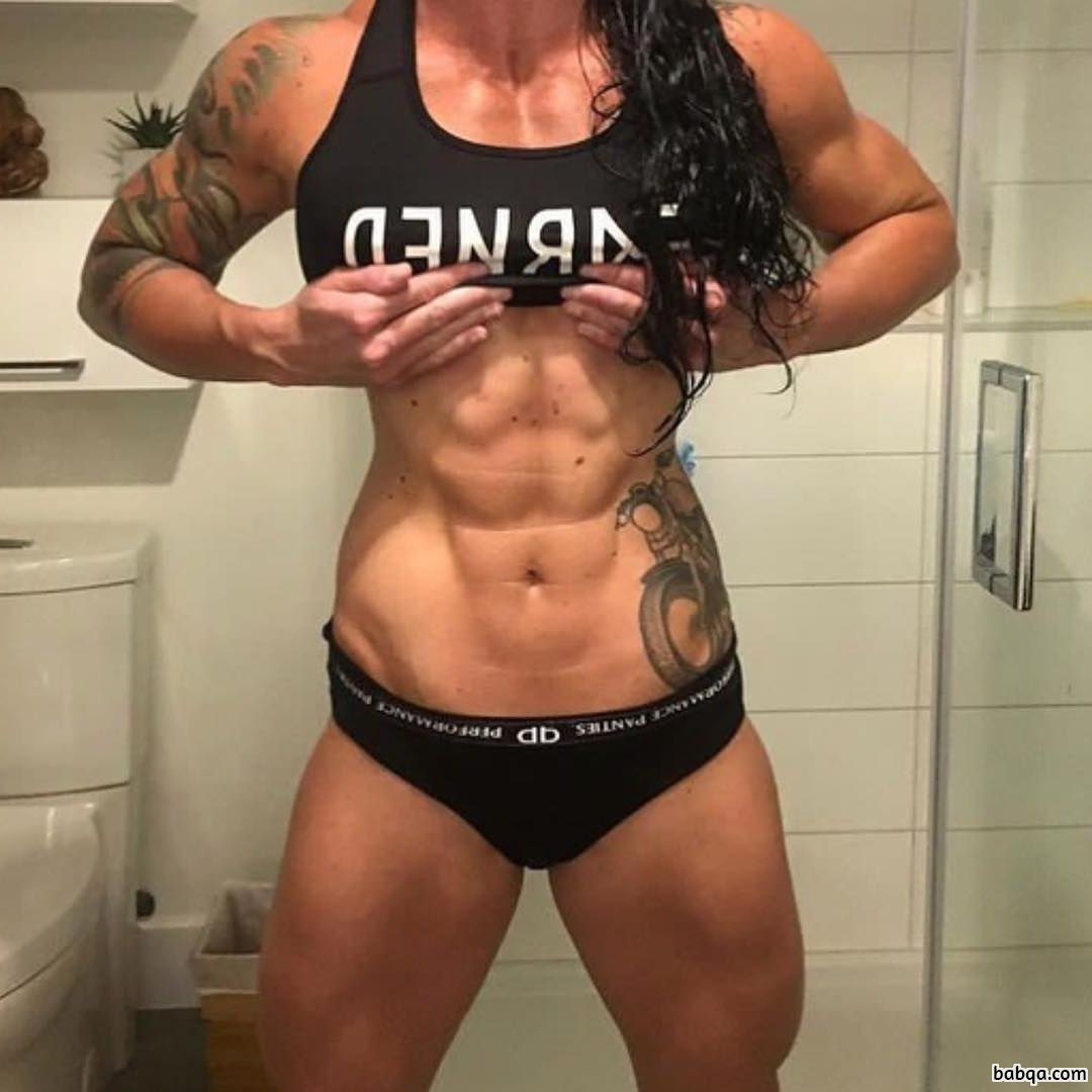 awesome female with strong body and toned biceps pic from linkedin