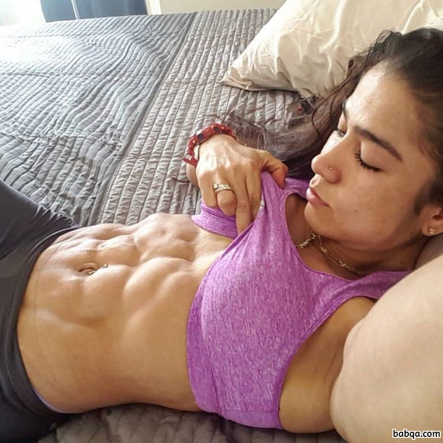 spicy woman with muscle body and muscle bottom pic from reddit
