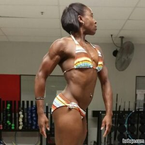 hot female bodybuilder with muscular body and toned legs picture from g+