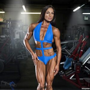 beautiful babe with fitness body and toned arms photo from g+