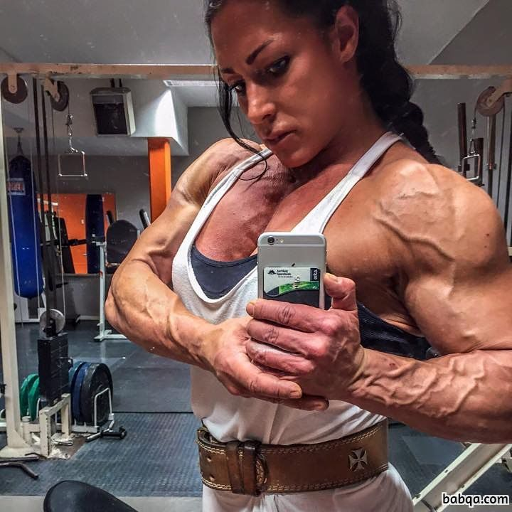 awesome female bodybuilder with fitness body and toned biceps post from insta