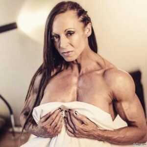 awesome girl with strong body and muscle biceps post from flickr