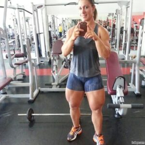 awesome female bodybuilder with fitness body and toned legs photo from instagram