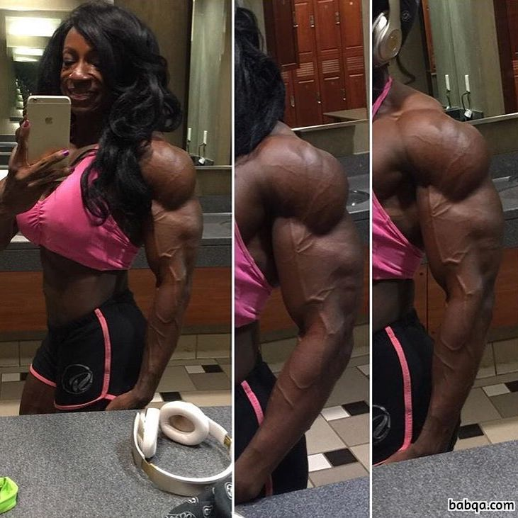 perfect babe with muscle body and muscle bottom post from reddit